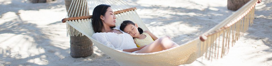 957x235xASPAC-P044-mother-and-daughter-on-hammock-957x235.jpg.pagespeed.ic.Cd3uaK67vd