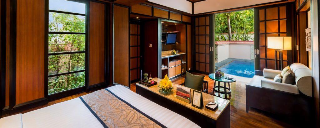 Phuket-Acc-Deluxe-Villa-Livingroom